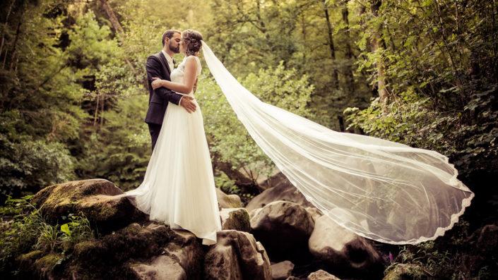 Hochzeitsfotografie von Michael Barg an den Irreler Wasserfällen